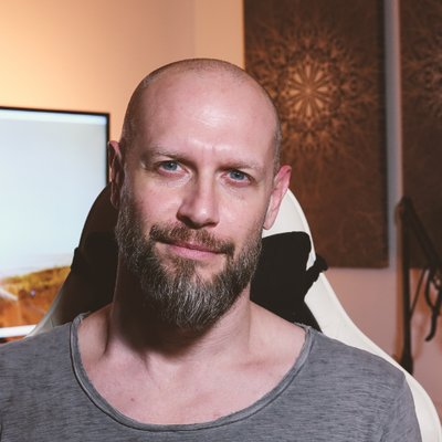 Germany-based Creative Professional, Alex Pfeffer, composer sound designer course creator for keeping sane in audio industry
